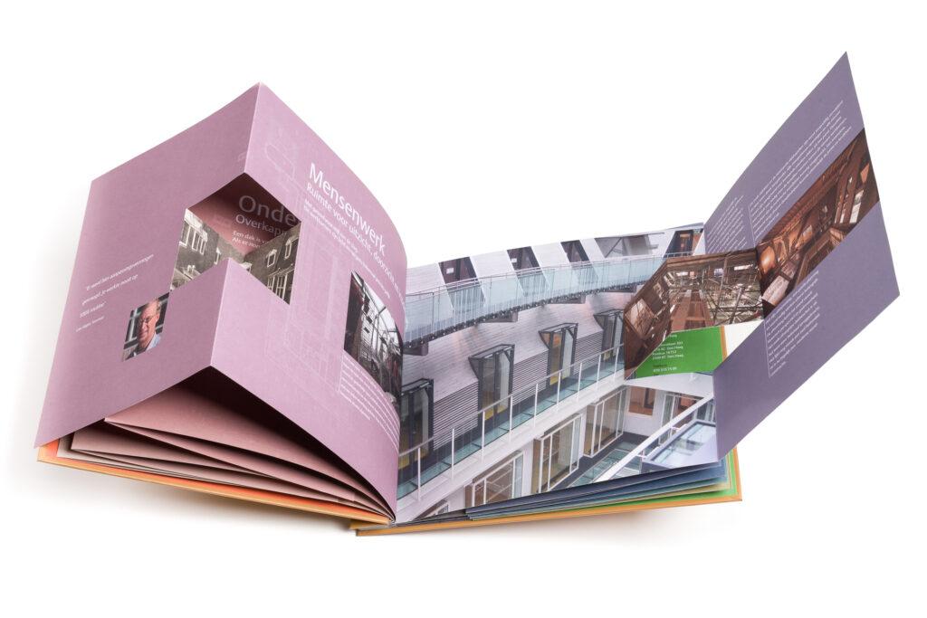 Productfoto van een boek.